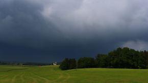 Wetterlage zweigeteilt: Gewitter und Schauer setzen sich im Südosten fest