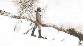 Nackt Ski zu fahren war zumindest vor ein paar Jahrzehnten noch kein Problem.