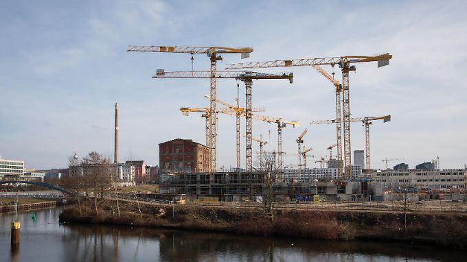 Die Baubranche erwartet ein deutliches Umsatzplus.