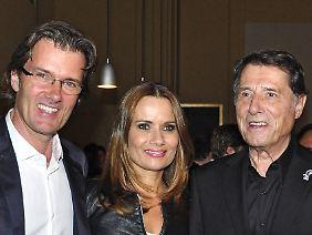 Udo Jürgens 2011 mit seinen ehelichen Kindern John und Jenny.