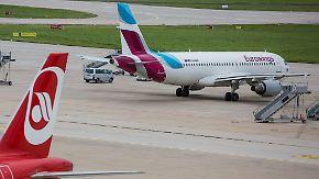 60.000 Plätze fehlen durch Air Berlin: Wenn die Airline auf schlechtere Flugzeuge umbucht