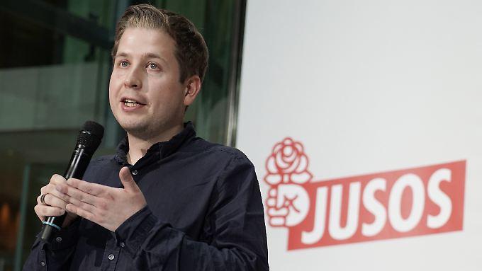 """Juso-Chef Kevin Kühnert wirft Finanzminister Scholz eine """"kommunikativ ganz alte Schule"""" vor, die nicht zur neuen SPD passe."""