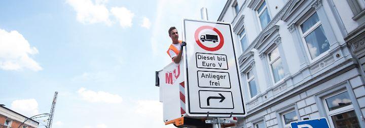 Als erste Großstadt: Hamburg führt Diesel-Fahrverbot ein