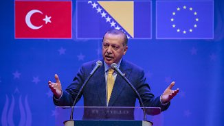 Wahlkampfauftritt vor Auslandstürken: Erdogan wirbt in Sarajevo um Stimmen