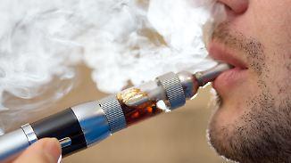 Geld statt E-Zigarette: Wie Nikotinsüchtige zu Nichtrauchern werden