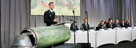 Buk-Rakete traf Flugzeug: Ermittler: MH17 von Russen abgeschossen