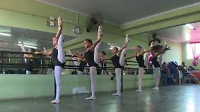 Ballettschule in gefährlicher Favela: Spitzentanz lässt Mädchen von besserem Leben träumen