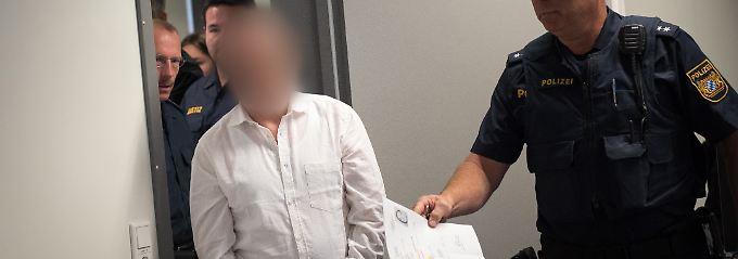 Er vergrub sein Opfer lebendig: Vergewaltiger muss nach 30 Jahren in Haft