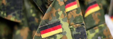 """Zahlen """"deutlich zurückgegangen"""": Bundeswehr beschäftigt weniger Extremisten"""