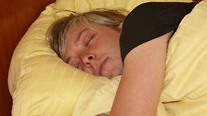 Kurze Nächte unter der Woche: Schlaf kann an freien Tagen nachgeholt werden