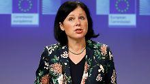 Justizbarometer der EU: Prozesse dauern in Deutschland 200 Tage