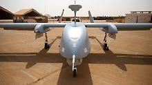 Fast eine Milliarde Euro Kosten: Bundeswehr will Kampfdrohnen anmieten