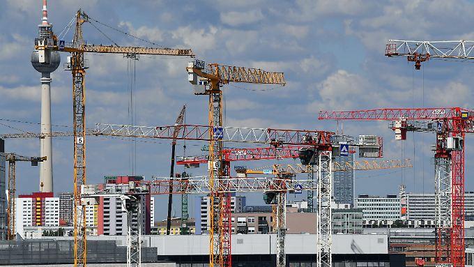 Der Bauboom in Berlin geht seit Jahren unvermindert weiter.