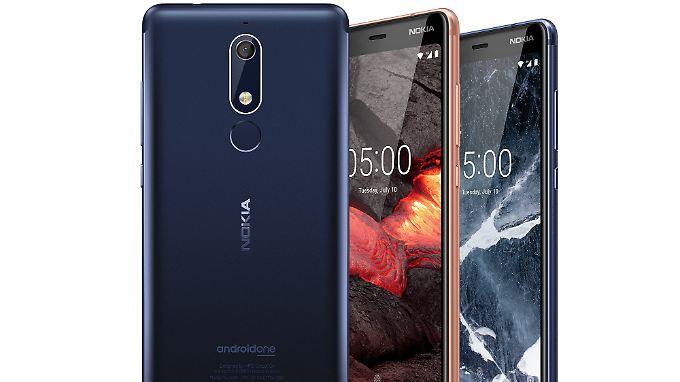 Das Nokia 5.1 ist ein gut ausgestattetes Einsteiger-Smartphone mit Udate-Garantie.