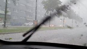 """Unwetter in Wuppertal: """"Ich hab noch nie so Hagelkörner gesehen"""""""