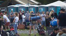 Plumpsklos will niemand mehr: Mobile Toiletten bringen Millionen ein