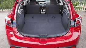 Der Kofferraum des Mazda 3 hat Platz für 340 bis 1360 Liter Gepäck.