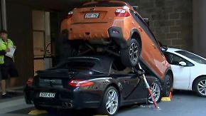 Kaum zu glauben, aber wahr: Hotelangestellter parkt Porsche unter SUV