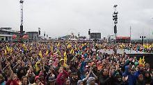 Weniger Besucher bei Festival: Rock-am-Ring-Fans trotzen dem Regen