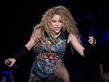 """Fünf Outfits, zwei Stunden Hits: Shakira entdeckt in Hamburg ihr """"El Dorado"""""""