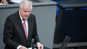 Seehofer verteidigt Gesetzesentwurf: Familiennachzug spaltet Bundestag