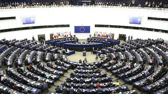 Im EU-Parlament werden künftig weit weniger Vertreter verschiedener Parteien sitzen.