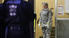 Giftige Substanzen in Wohnung: Sicherheitskräfte nehmen Paar in Köln fest