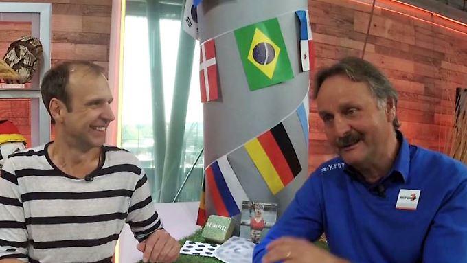 """Knippertz & Neururer - der WM-Podcast: """"Den Mexikanern fehlt es an Respekt"""""""