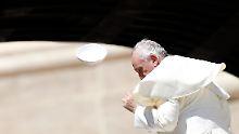 Heiliger BimBam: Papst Franziskus, ein Mann seines Wortes