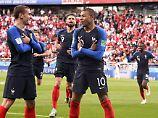 Kylian Mbappé kürt sich zum jüngsten Frankreich-Torschützen.