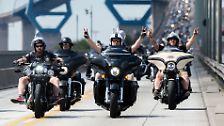 Die Harley Days wurden 2003 anlässlich des 100. Firmenjubiläums ins Leben gerufen. Fans der US-Kultmarke strömen dazu in die Stadt.
