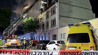 Mehrere Schwerverletzte: Explosion in einem Wohnhaus erschüttert Wuppertal
