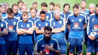 Nach üblen Beleidigungen gegen Durmaz: Schweden setzen starkes Zeichen gegen Rassismus