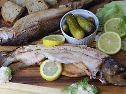 Die Frau am Grill: Forellen räuchern - Deckel drauf und los