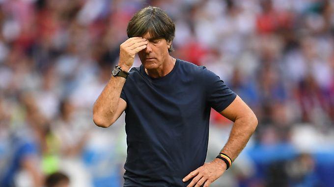 Neuaufbau mit ihm oder ohne ihn? Bundestrainer Löw entscheidet selbst über seine berufliche Zukunft.