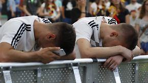 """Tchau Alemanha"": Fußballdeutschland weint, Brasilien feiert"