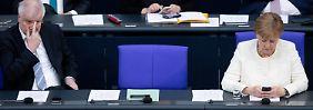 Schwieriges Verhältnis: Seehofer und Merkel.