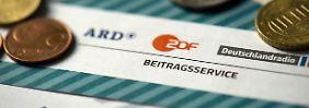 Ausstehende Rundfunkgebühren: Millionen Deutsche bekommen Beitrags-Post