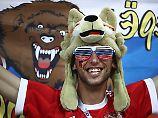 Freude und Stolz trotz des WM-Aus: Die Russen feiern einfach weiter.
