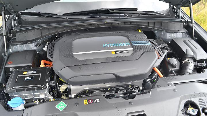 Wie bei einem Verbrenner sitzt das Triebwerk auch beim Hyundai Nexo unter der Fronthaube.