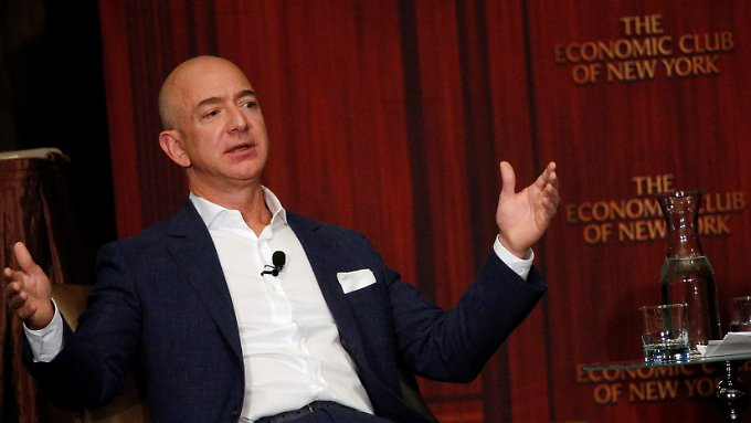 Wer hat, der hat: Jeff Bezos besitzt 50 Milliarden US-Dollar  mehr als der zweitreichste Mensch auf Erden: Bill Gates.