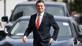 Mazedoniens Außenminister Dimitrov will keine Asylzentren in seinem Land.