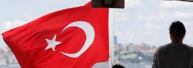 Fährverkehr auf dem Bosporus: Fitch stellt eine weitere Verschlechtung der Ratingnote in Aussicht.