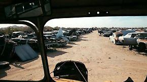 Altes Blech unter der Wüstensonne: Zu Besuch auf einem Oldtimerschrottplatz in Arizona