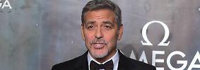 Der aktuell Zweitplatzierte George Clooney verdiente 239 Millionen US-Dollar (ca. 204 Millionen Euro). Vor allem der Verkauf seiner Tequila-Firma Casamigos spülte wohl den Großteil in die Taschen des Hollywood-Stars. Mit zwei Partnern gegründete Clooney Casamigos ...