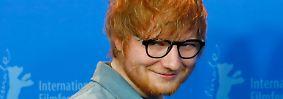 Zwischen die beiden Fußball-Konkurrenten drängelt sich noch Sänger Ed Sheeran auf Platz 9. Mit geschätzten 110 Millionen US-Dollarn ist der Brite der bestbezahlte Solokünstler in der Forbes-Liste.
