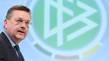 DFB-Präsident räumt Fehler ein: Grindel weist Özils Vorwurf zurück