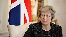 Die britische Premierministerin Theresa May hat die Brexit-verhandlungen zur Chefsache erklärt.