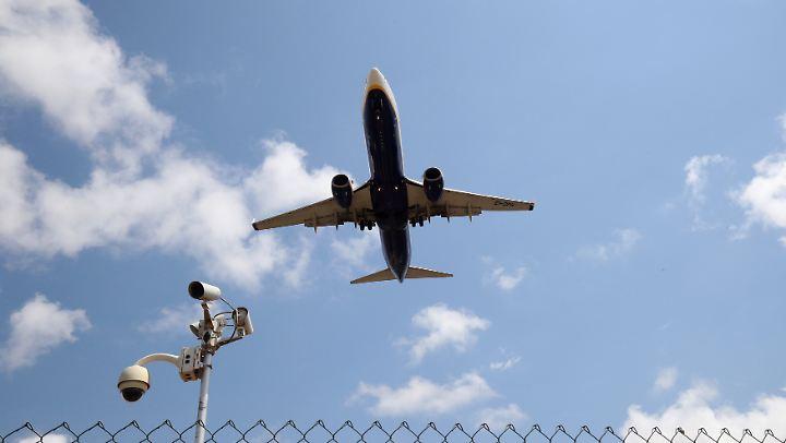 Streik bei Billig-Airline: Ryanair muss 300 Flüge ...