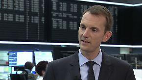 Investieren in Aktien: Sommerflaute: Dax raus, Gold rein?
